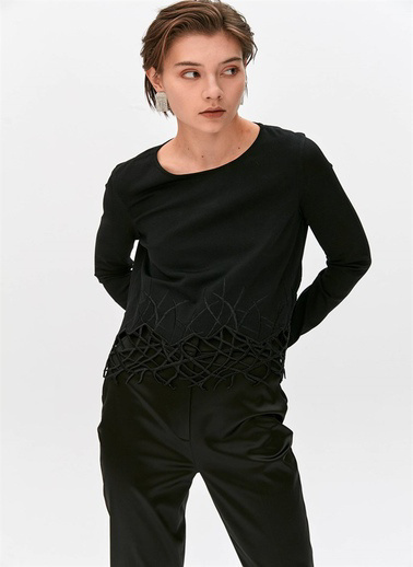 Rue Işleme Detaylı Triko Bluz Siyah